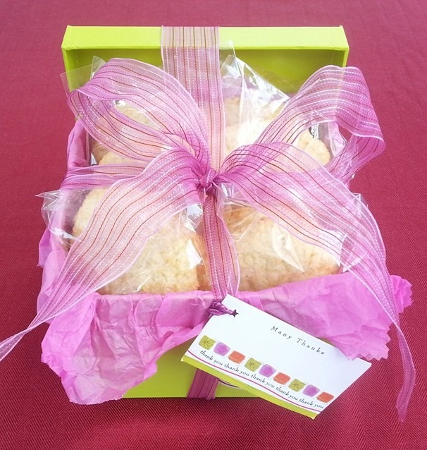 lemon-coconut-cookie-basket